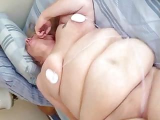 older big beautiful woman cumming hard from