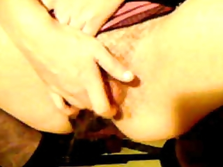 dilettante wife fingering and squirting in