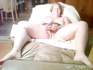 mother i slut stuffing bawdy cleft with fingers