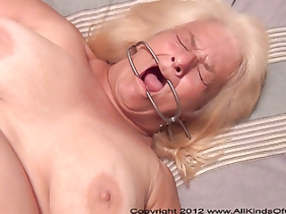 pov anal 06 year old granny wanda acquires