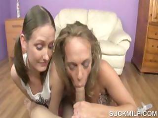 sexy mamma giving oral pleasure in 0some