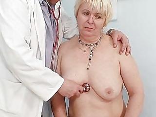 chubby blonde mamma bushy pussy doctor exam