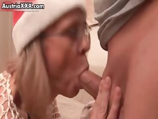 dirty christmas mama in concupiscent stockings