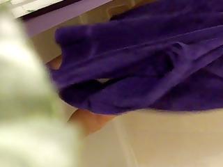 mama wazoo a-hole stripped cuaght on spy webcam