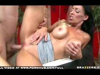 vanilla deville - mothers day massage