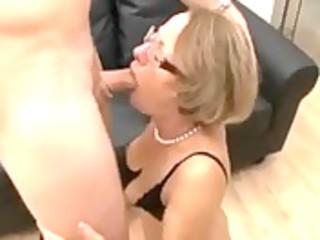 sexy mamma bonks her son - hornbunny.com