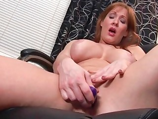hawt and breasty mother i chick rubs her love