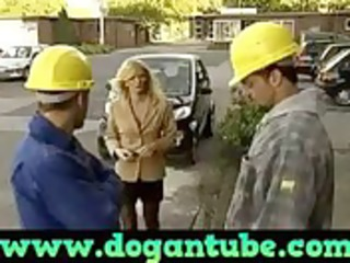 german mommy drilled by construction workers -