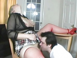 short haired uk mother i gets her cum-hole eaten