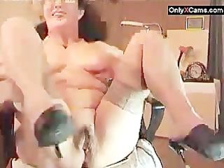 shaggy mature lady show on webcam - onlyxcams.com