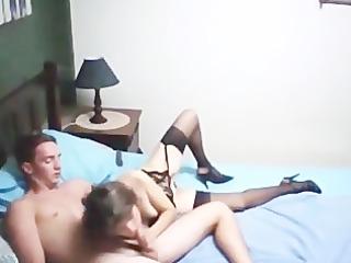 homemade sexy d like to fuck copulates a juvenile