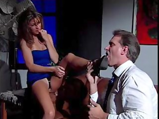sexy dark brown secretary play hawt foot fetish