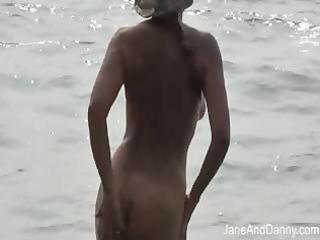 voyeur fucks hot d like to fuck on the beach