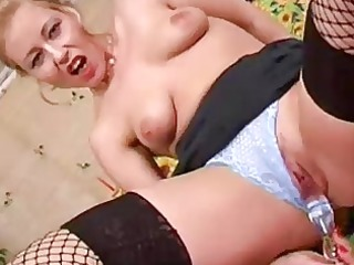 whore older d like to fuck solo