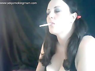 hot mum chain smokin with dangles
