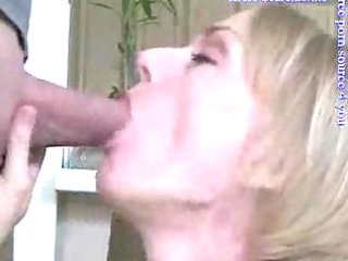 older blondie gives great blowjob