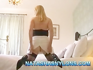 british d like to fuck dilettante wife in nylons