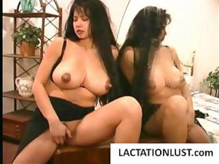 chubby latina mommy milks her biggest zeppelins