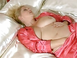 breasty mother i in underware rubbing for