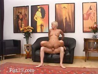 blondie older having wet crack fisted hard