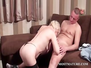 hot mature takes weenie in face hole and pussy